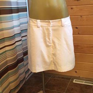 Nike Golf skort in white. Size 10